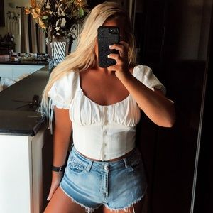 White puff sleeve button up crop top